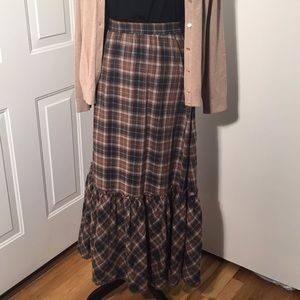"Gorgeous ""Sundance"" maxi skirt by Robert Redford🍂"